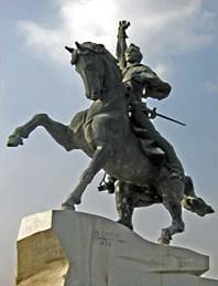 Конный памятник Суворову в Тирасполе