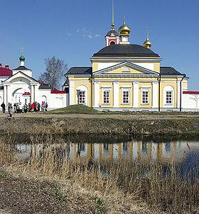 На том месте, где родился Сергий, построен Троице-Сергиев Варницкий монастырь