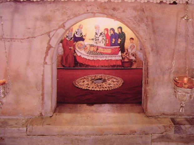 Гробница святителя Николая