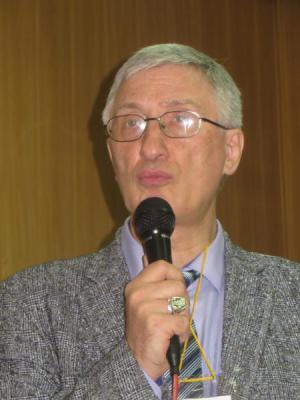 Выступает С.Ю.Ключников