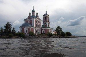 Церковь Сорока мучеников на Плещеевом озере.  Фото: Сергей Гунеев/РИА Новости www.ria.ru