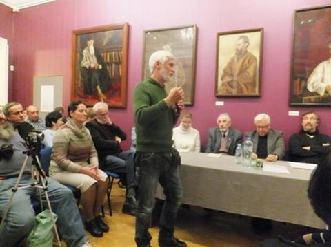 Выступление художника и писателя Андрея Павловича Пузикова.