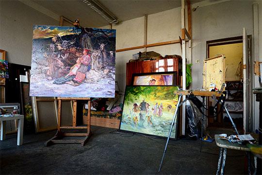 «Хочешь не хочешь, нарисовал 500 картин, тебя это уже выводит на дорожку духовного развития, не религиозного, а саморазвития, самопознания» Фото: «БИЗНЕС Online»