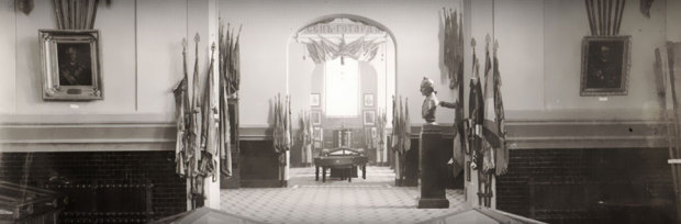 Общий вид залов Суворовского музея. 1904-1914 г.