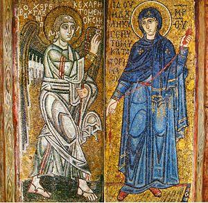 «Благовещение», мозаики на двух столбах Софии Киевской, ок. 1040 года. Старейшее изображение сцены в русском искусстве.