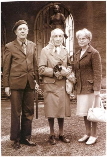 Г. П. Кучма, Н. Д. Спирина, Д. Стукайте. Каунас, Литва. 1985