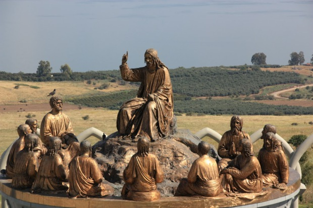 Гора Блаженств — место провозглашения Нагорной проповеди. Израиль.