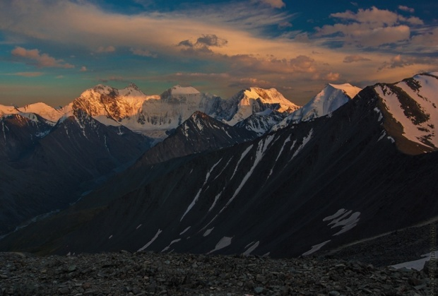 © Виталий Джазатор Гора Белуха на закате