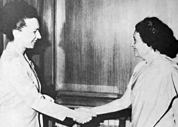 Людмила Живкова и Индира Ганди. 1976