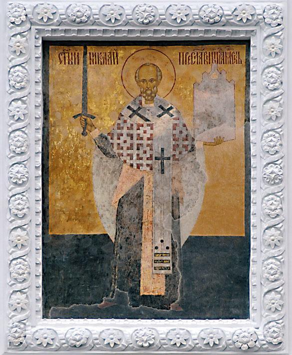 Надвратная икона святого Николы Можайского на Никольской башне Московского Кремля