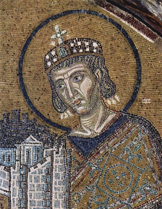 Константин Великий приносит Город (Константинополь) в дар Богородице. Мозаика над входом в храм Святой Софии. Стамбул, Турция