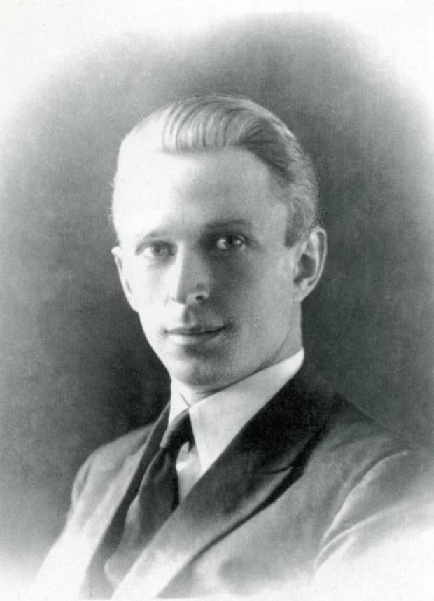 Б.Н.Абрамов. 1930-е годы. Харбин, Китай