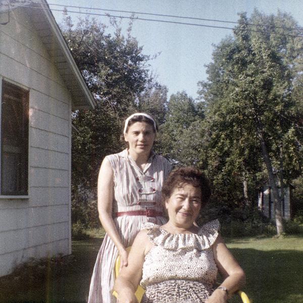 Зинаида Григорьевна Фосдик и Людмила Феликсовна Страва США. 1970-е гг.