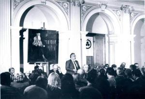 1989 г., учредительное собрание Советского фонда Рерихов. Выступает Р.Б.Рыбаков