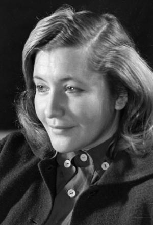 Поэтесса Юлия Владимировна Друнина, 1956 год. Фото: РИА Новости / Давид Шоломович