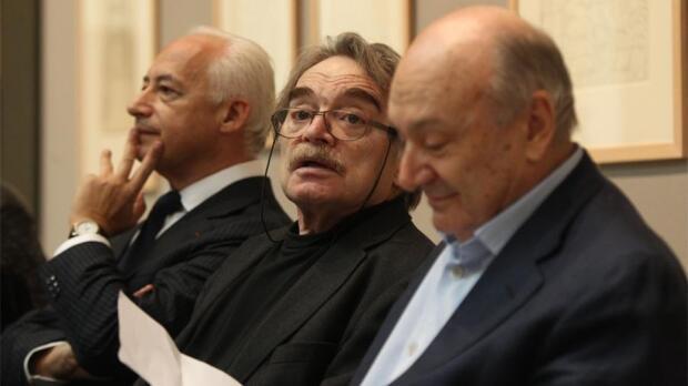 Александр Адабашьян на церемонии вручения премии «Триумф», 2011 год